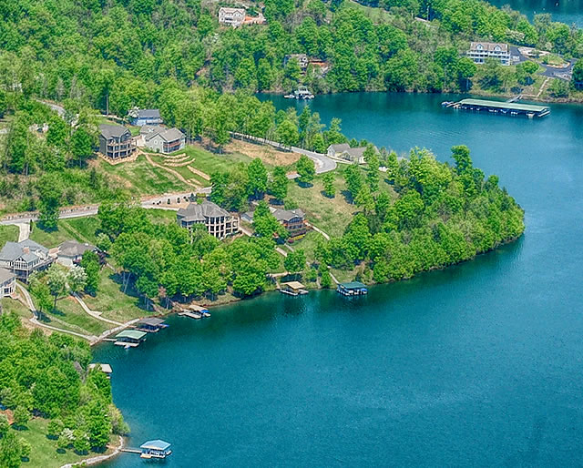Norris Crest Homes for Sale on Norris Lake - Lafollette, TN